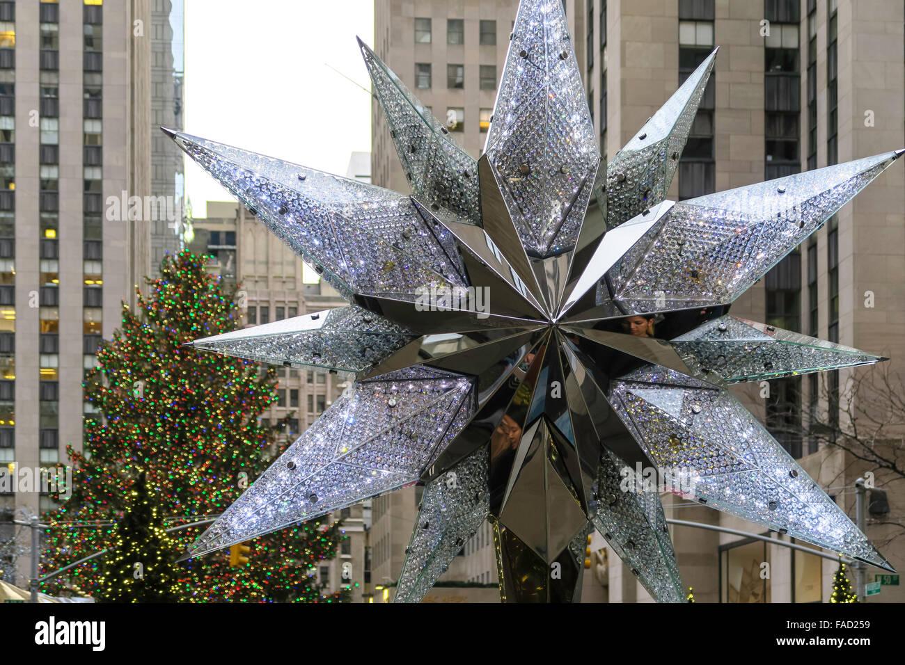 Swarovski Crystal Christmas Tree Star Replica Rockefeller Center