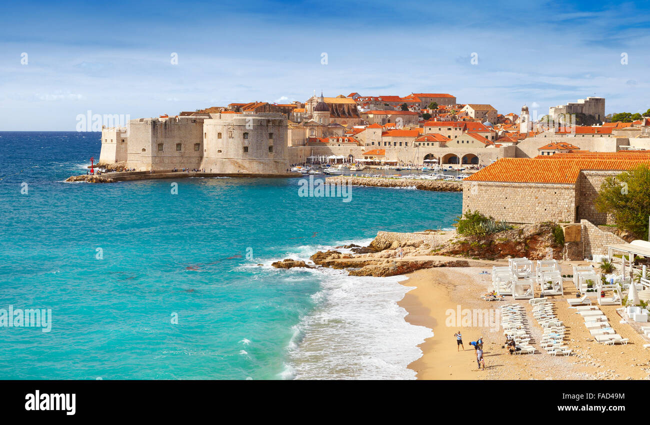 Dubrovnik, view to harbor and beach in Dubrovnik, Croatia - Stock Image