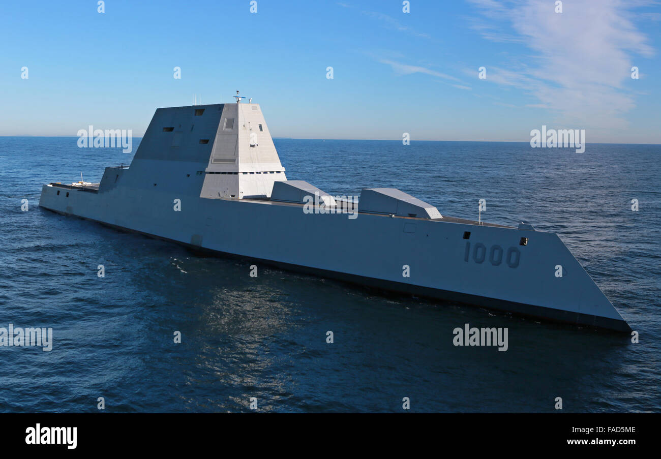 The U.S Navy Zumwalt-class guided missile destroyer USS Zumwalt underway conducting at-sea tests and trials for - Stock Image