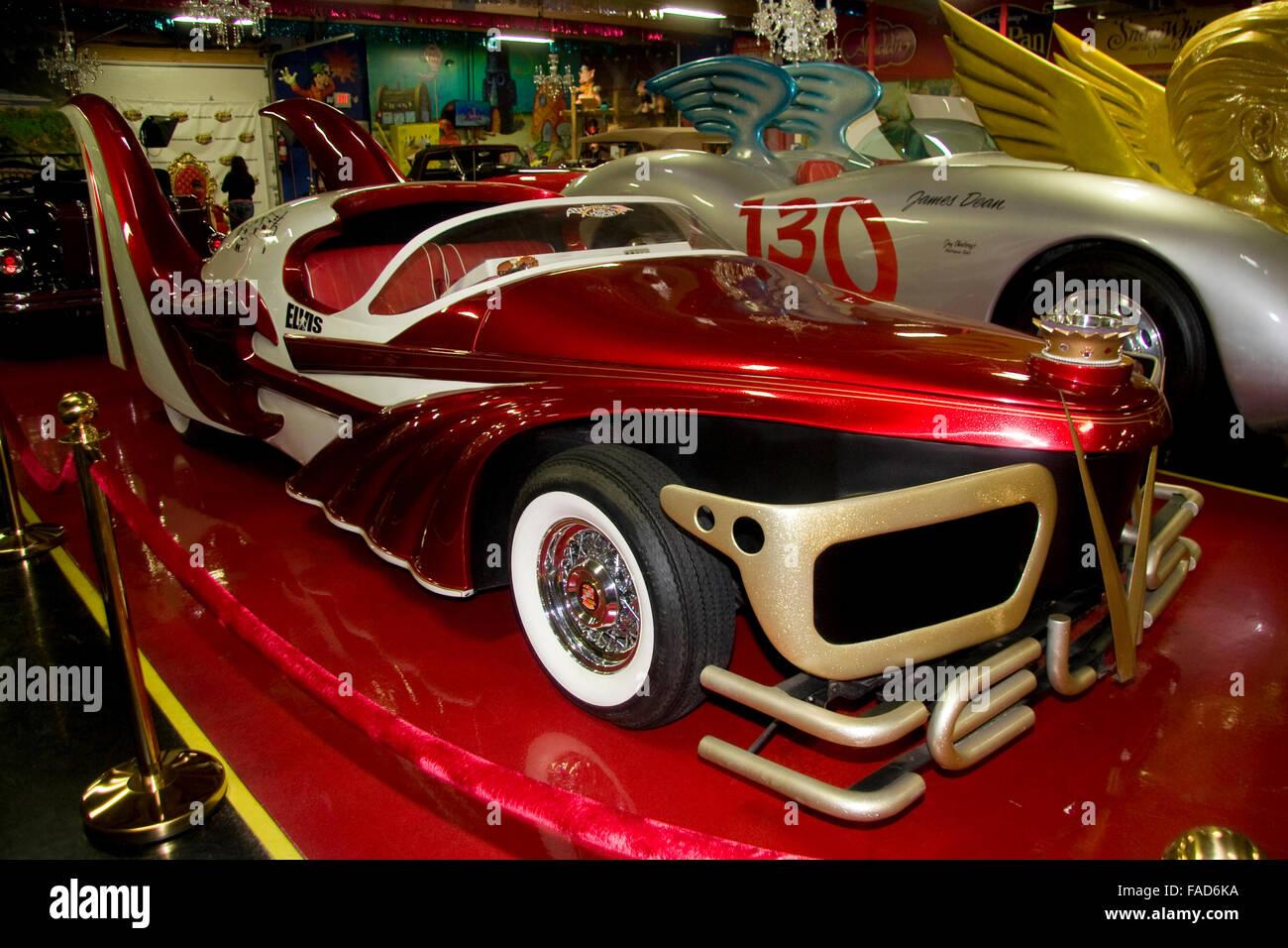 Volo Auto Museum. Elvis Presley Car Stock Photo: 92489022 ...