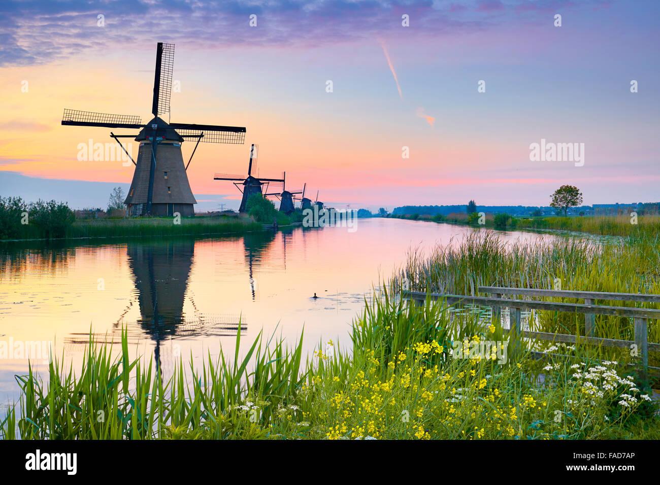 Netherlands windmill, Kinderdijk, Holland - Stock Image