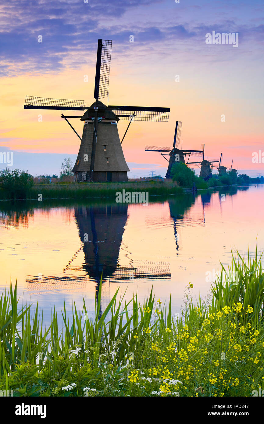 Netherlands windmills at dusk - Kinderdijk, Holland - Stock Image