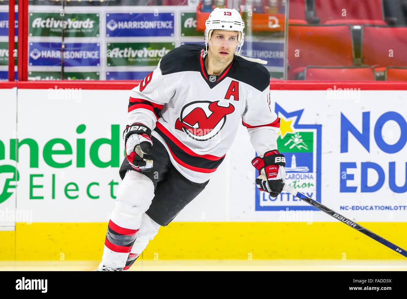 hot sale online 57baf 9e7d6 New Jersey Devils center Travis Zajac (19) during the NHL ...