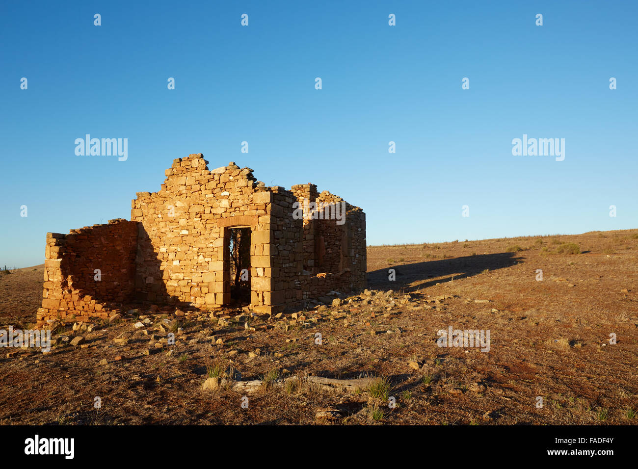 Remains of an old stone building near Peterborough, South Australia. - Stock Image