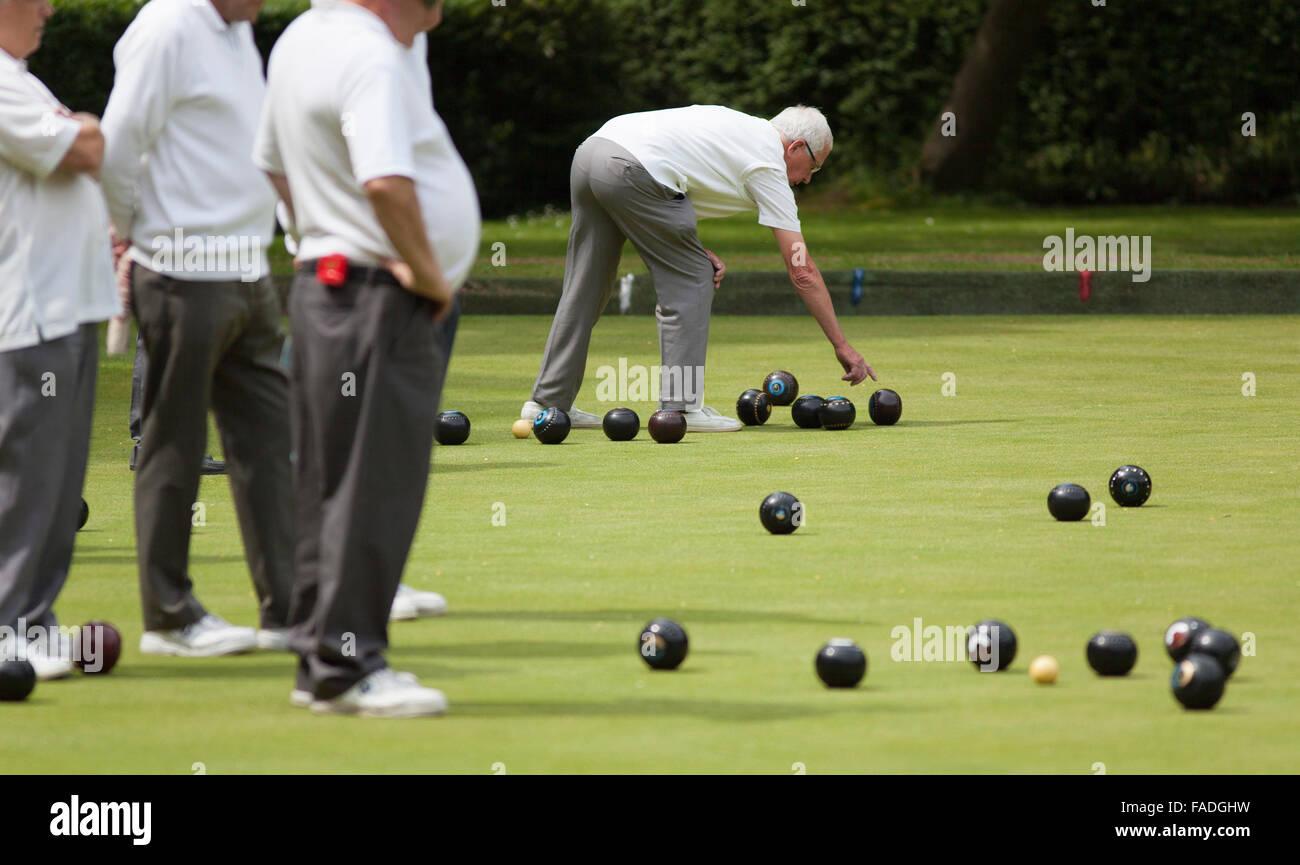Men Playing Lawn Bowls Town Gardens Swindon - Stock Image