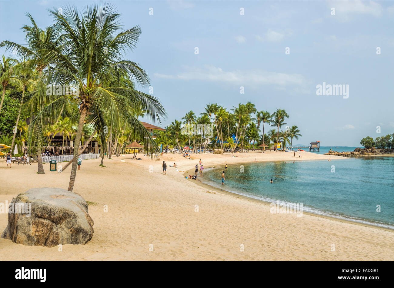 Siloso Beach on Sentosa Island, Singapore | Siloso Beach auf der Insel Sentosa, Singapur - Stock Image