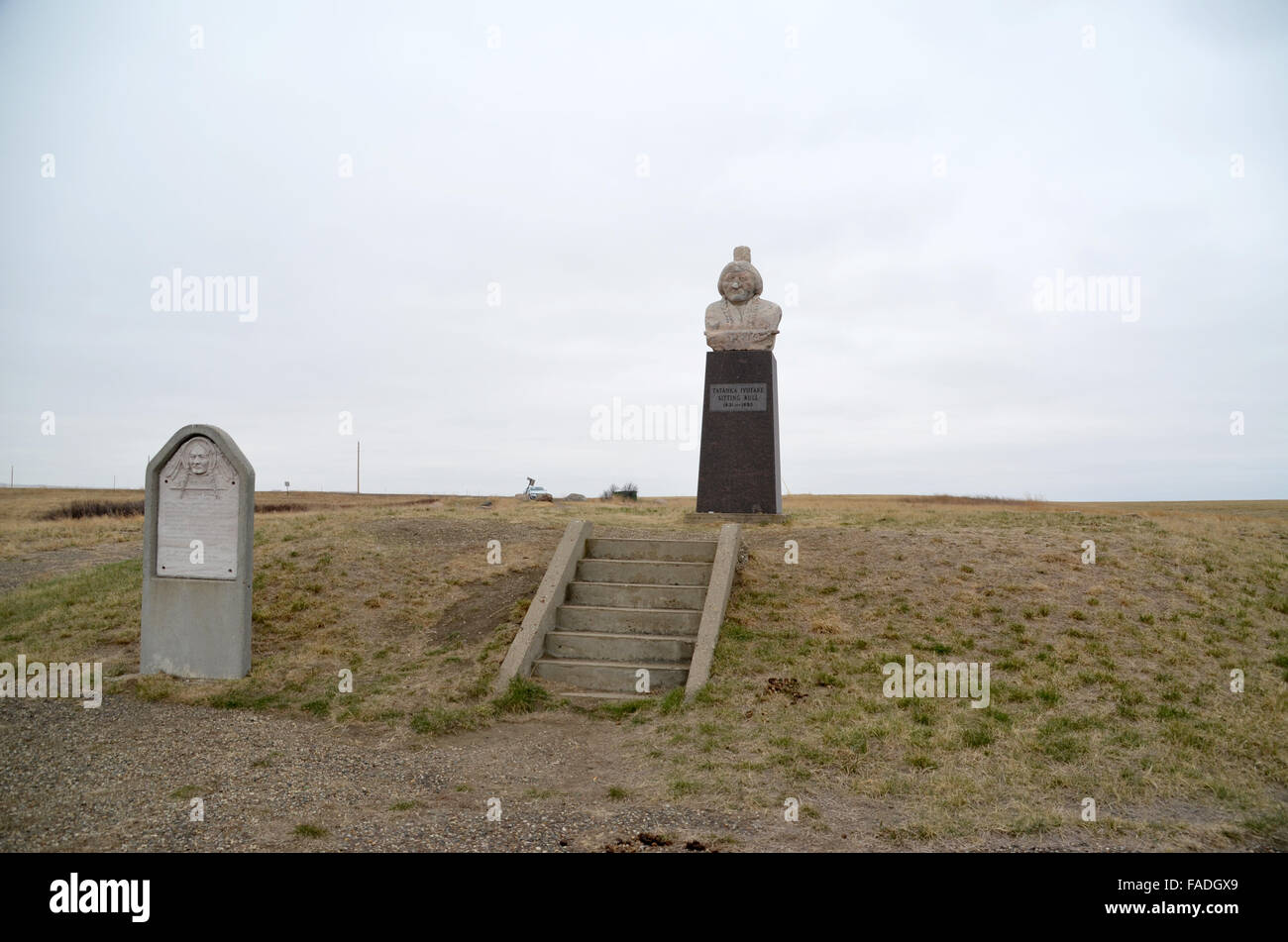 South Dakota, USA. 8th Apr, 2015. The grave of Sioux chief Sitting Bull in South Dakota, USA, 8 April 2015. Sitting Stock Photo