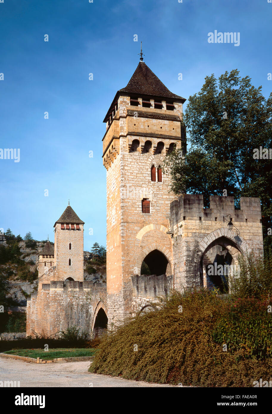 Three towers of the XIV century pont Valentre in Cahors in Quercy, Dordogne - Stock Image