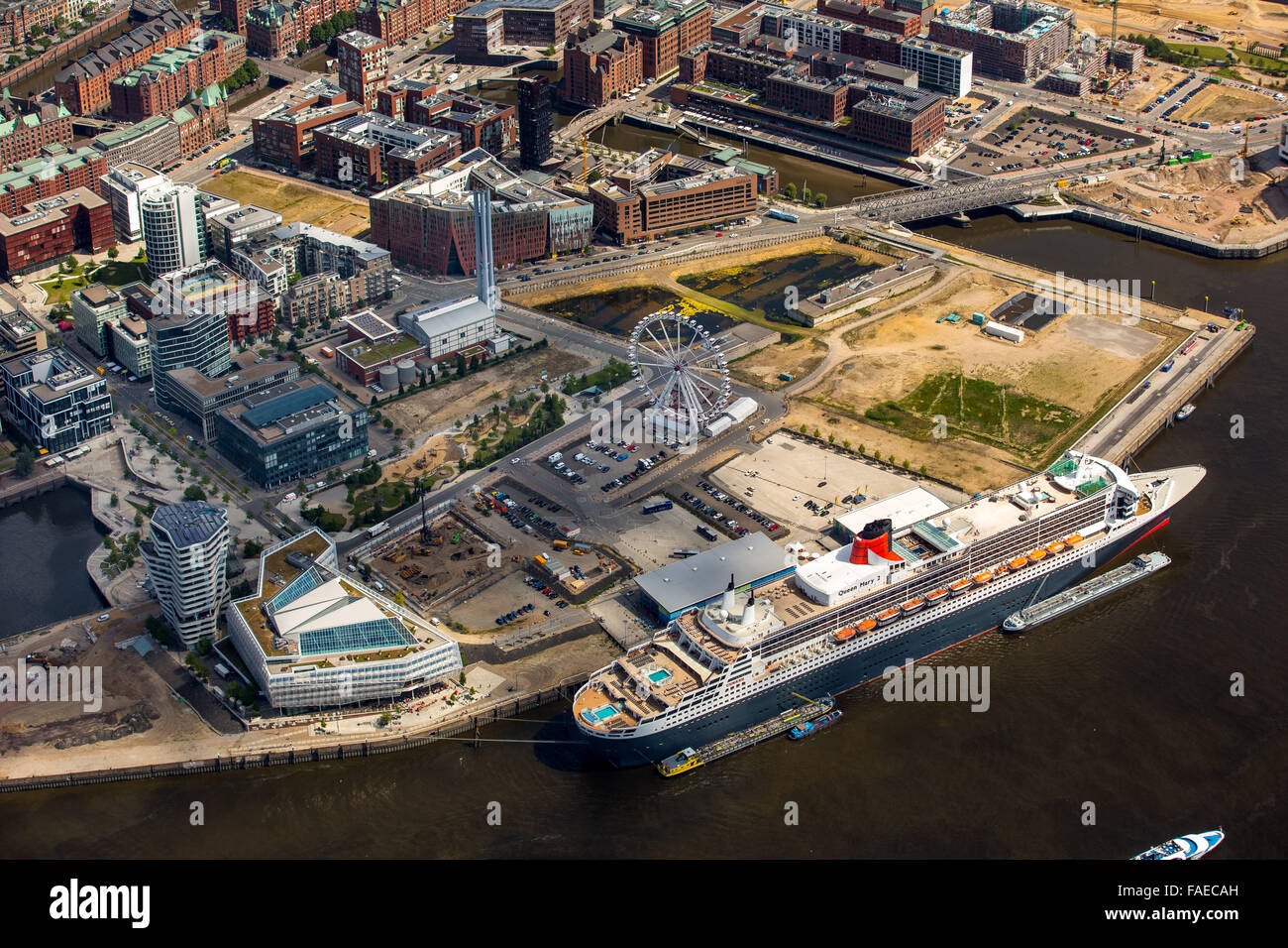 Aerial view, cruise terminal, Unilever-Haus cruise ship Queen Mary 2, Hamburg Harbour, Elbe, Free and Hanseatic - Stock Image
