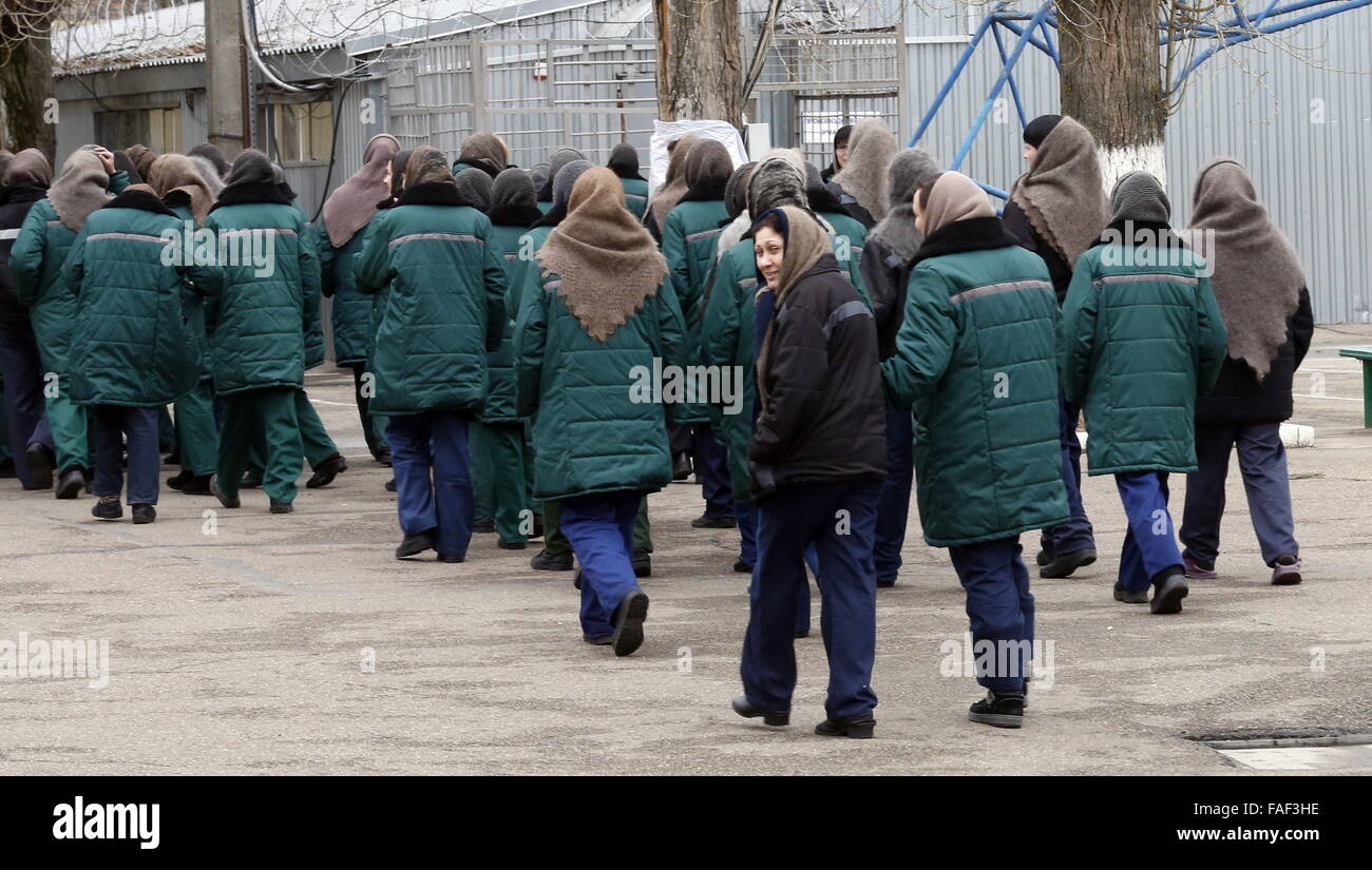 ROSTOV REGION, RUSSIA. DECEMBER 28, 2015. Prisoners during a walk at the 18th women's penal colony. Valery Matytsin/TASS - Stock Image