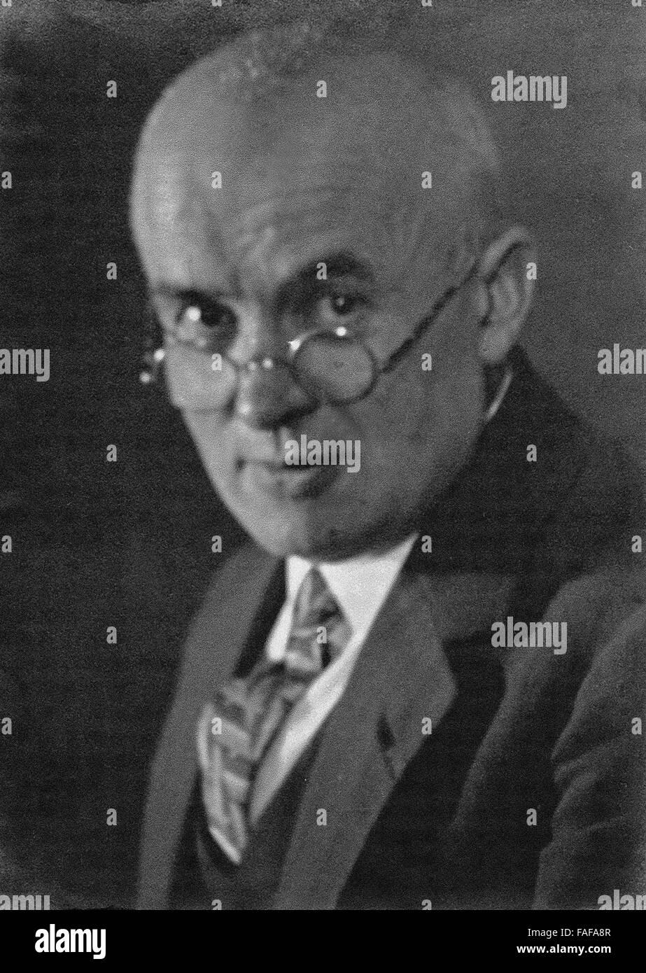 Der Fotograf Jakob Volk (1876-1954), der in den 1910er bis 1950er Jahren Deutschland bereist und fotografisch festgehalten - Stock Image