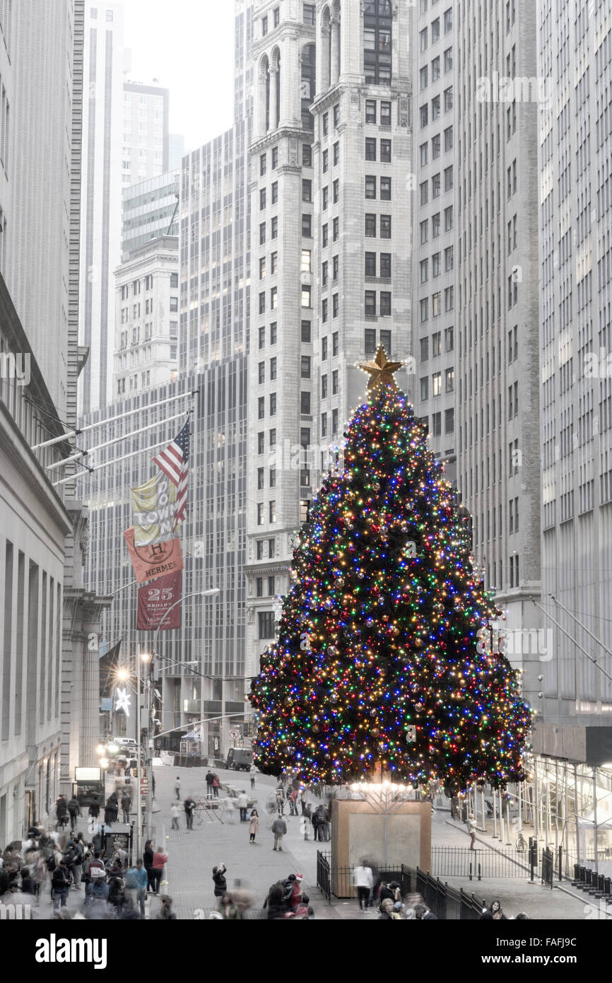 NYSE Christmas Tree in Financial District, NYC Stock Photo: 92542056 ...