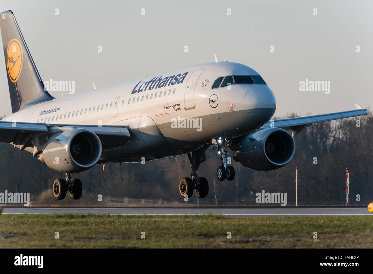 Airbus A319-100 passenger aircraft of German Lufthansa before touchdown on Zurich International airport. - Stock Image