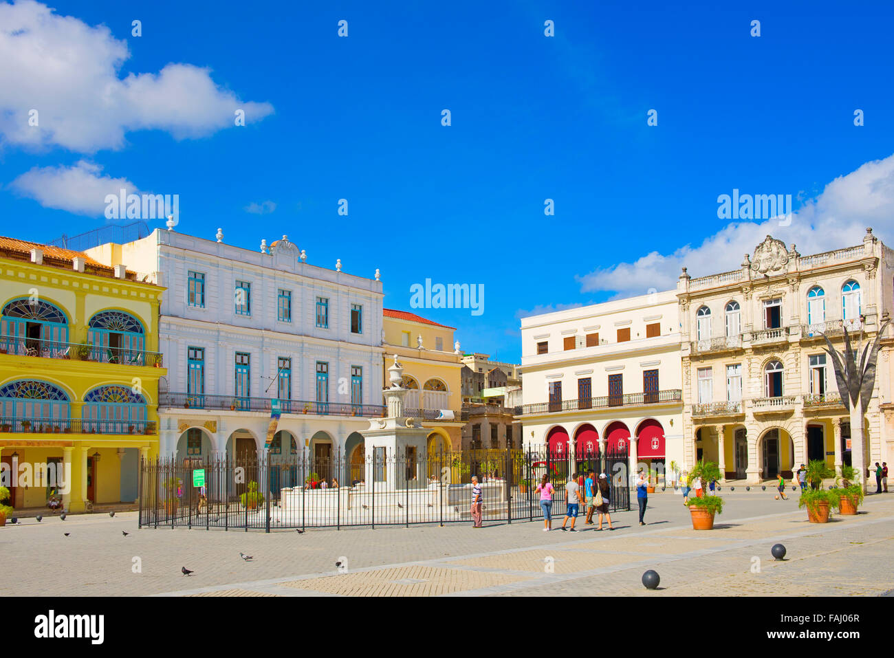 Plaza Vieja in Old Havana, Cuba - Stock Image