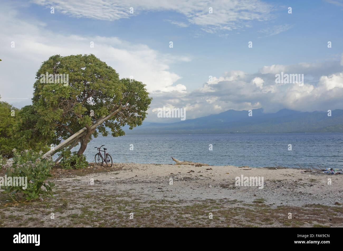 Undeveloped beach on Gili Island, Indonesia - Stock Image