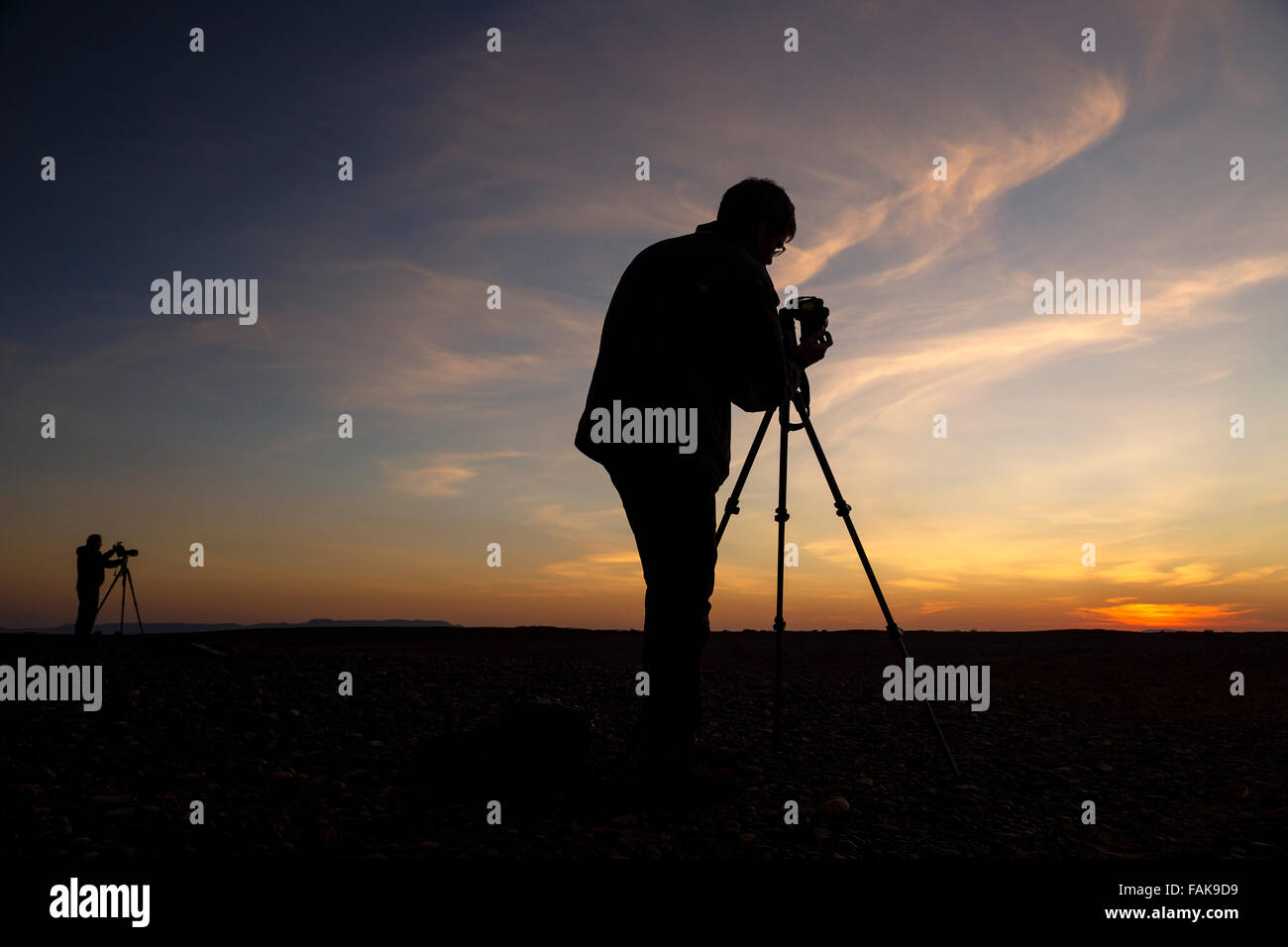 Photographers in Merzouga. Morocco. North Africa. - Stock Image