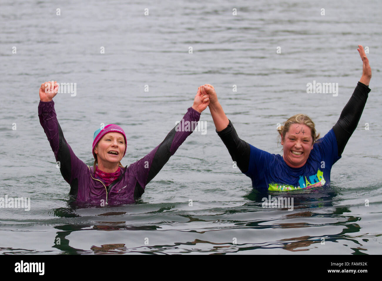 Southport, Merseyside UK 1st January, 2016.   Emma Blackman & Vanessa Glew at the Fernley Plunge Event in Marine - Stock Image