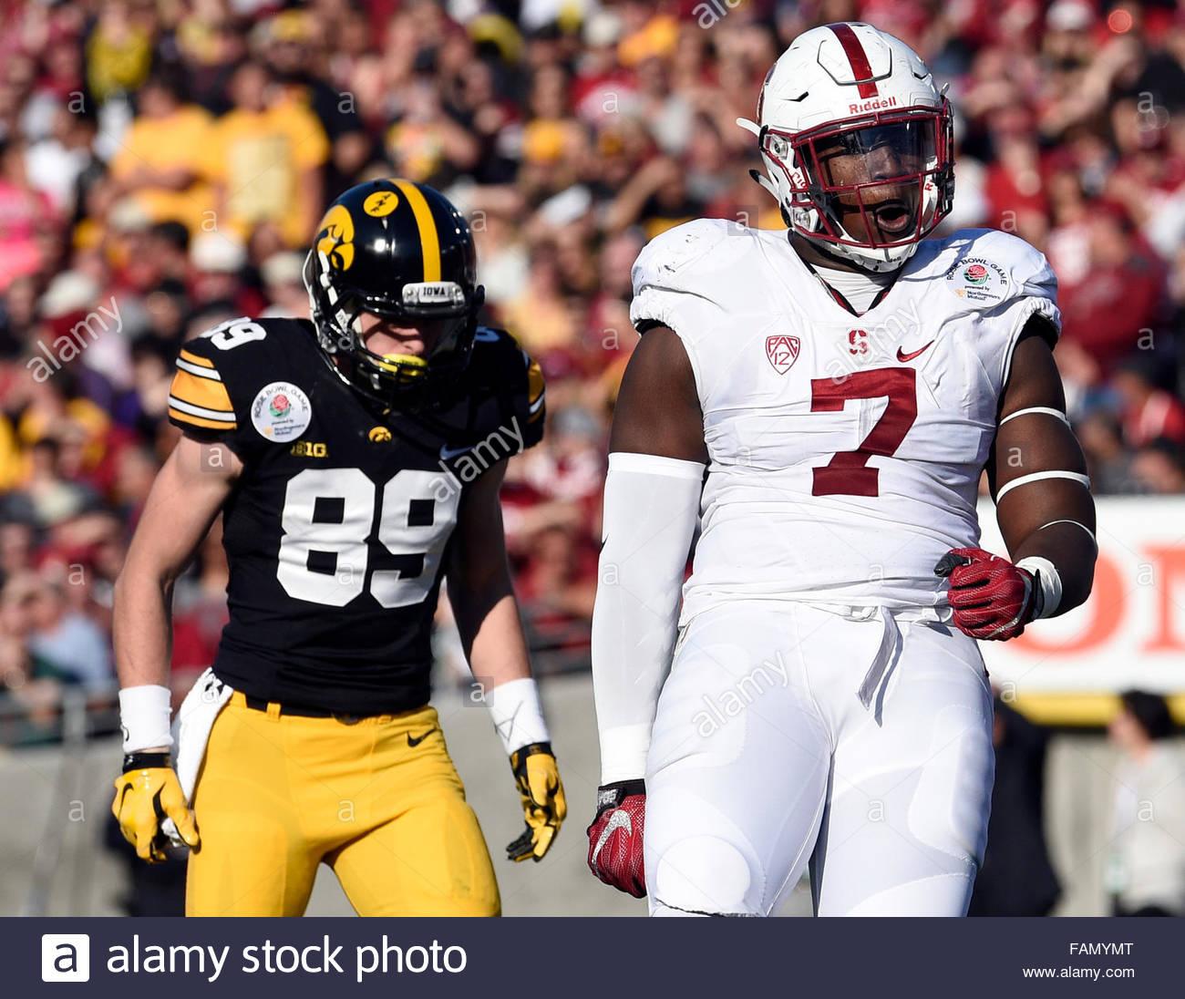 Pasadena, California, USA. 01st Jan, 2016. Stanford defensive end Aziz Shittu (7) reacts after a tackle again Iowa - Stock Image