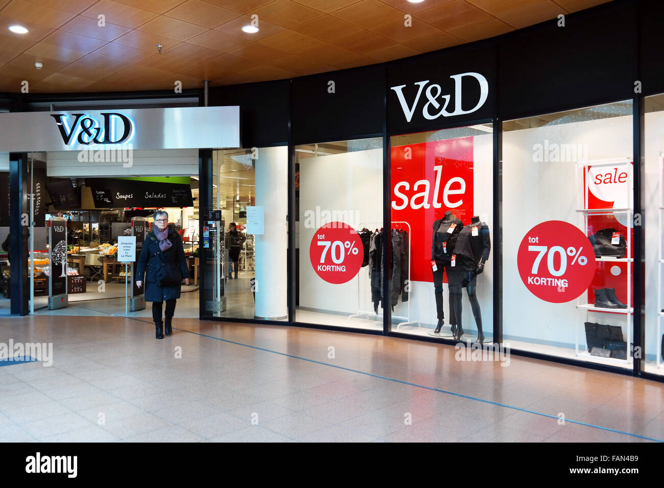 Vroom & Dreesmann (also known as V&D) is a bankrupt Dutch chain of department stores - Stock Image