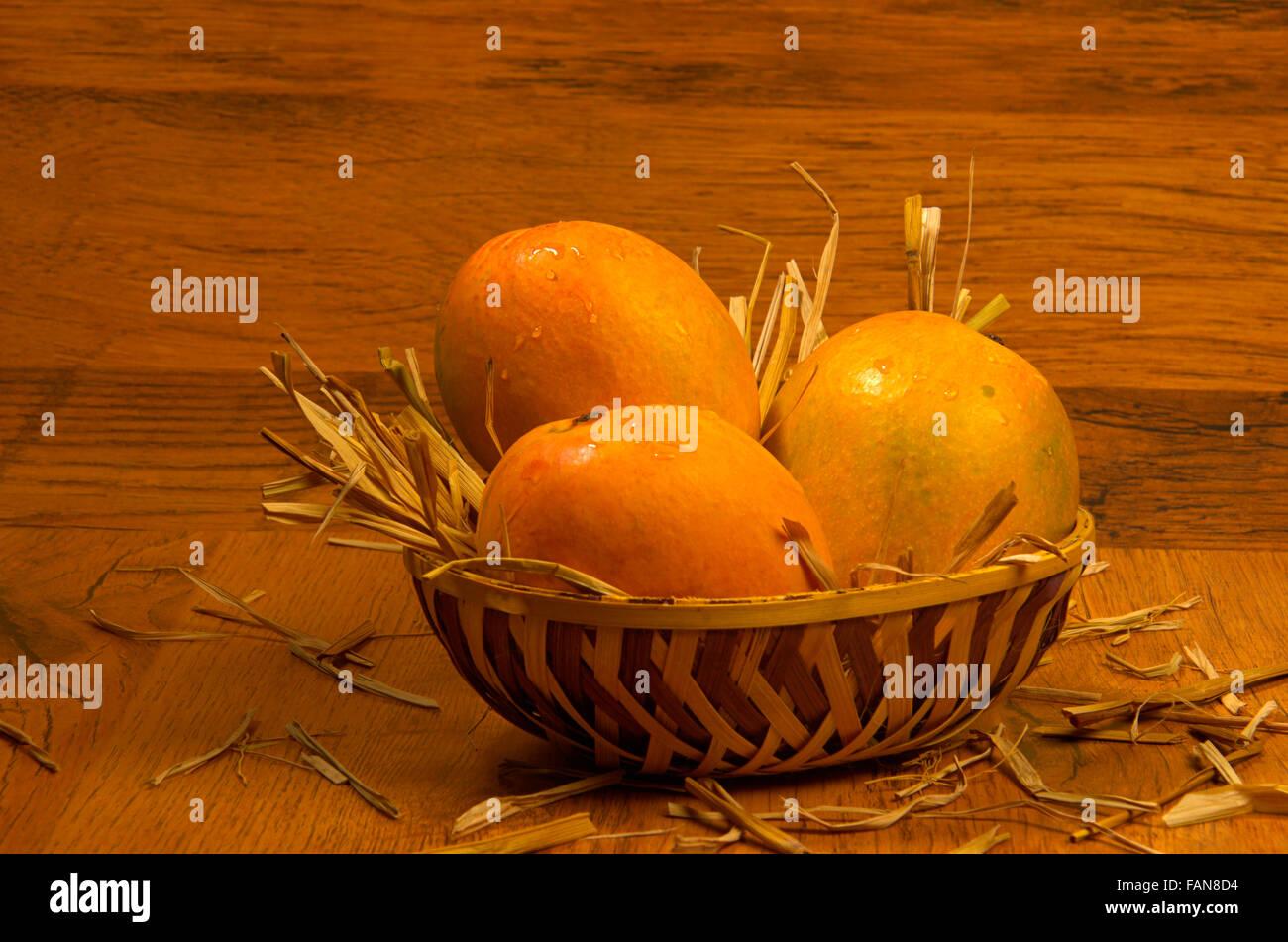 Mangoes Stock Photos & Mangoes Stock Images - Alamy