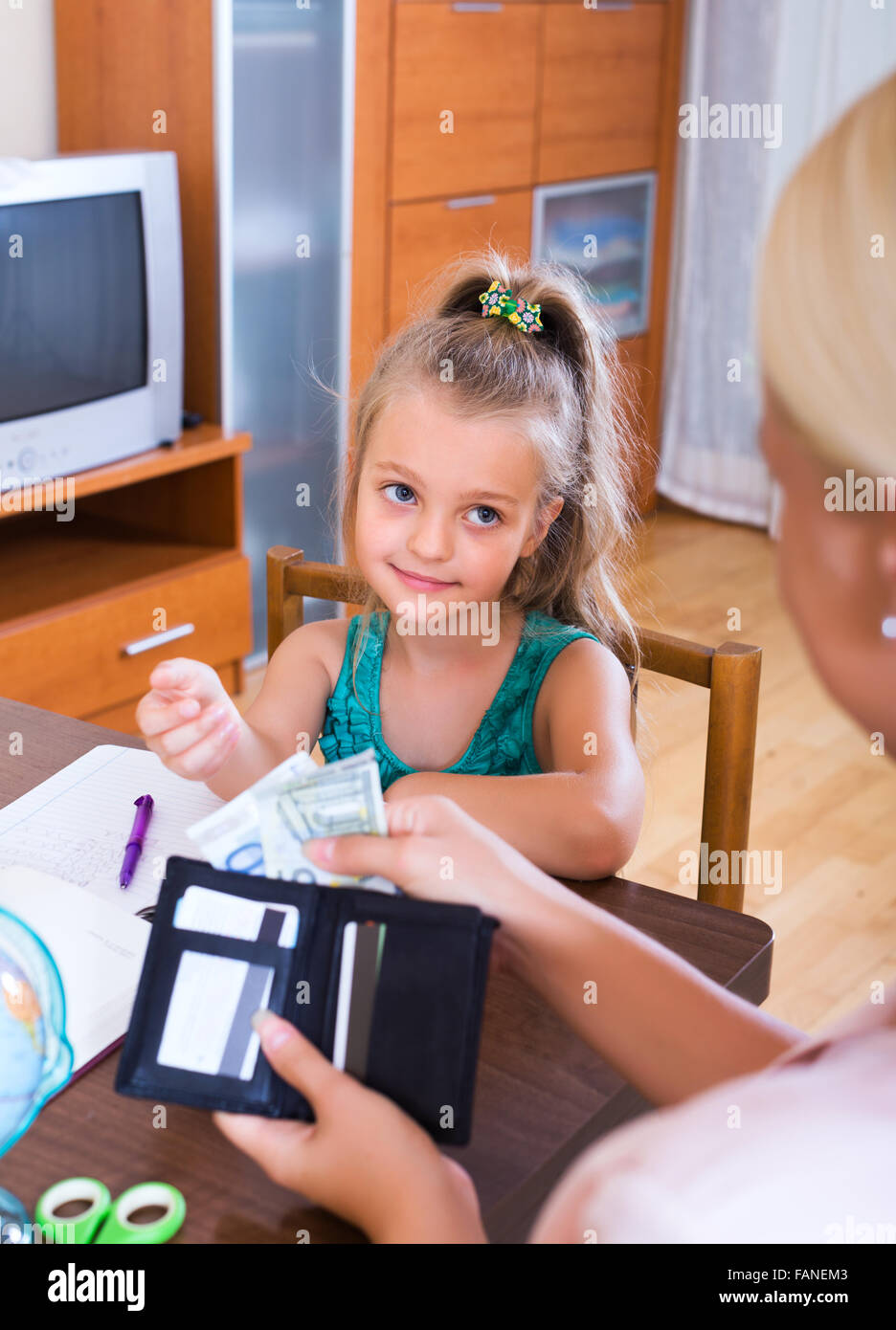 When to start giving a child pocket money 49