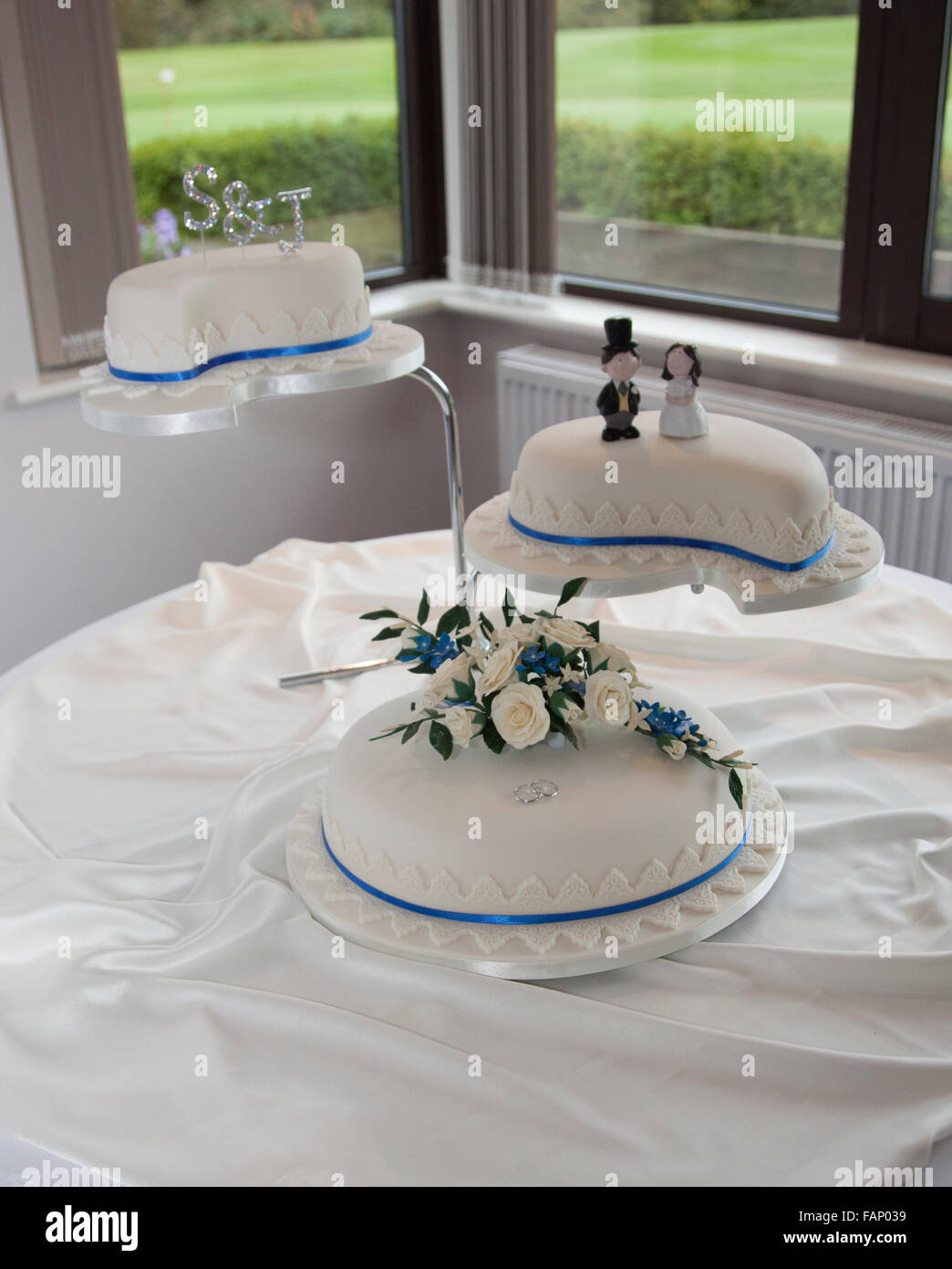 Wedding cake ready and waiting for the bride and groom to arrive - Stock Image