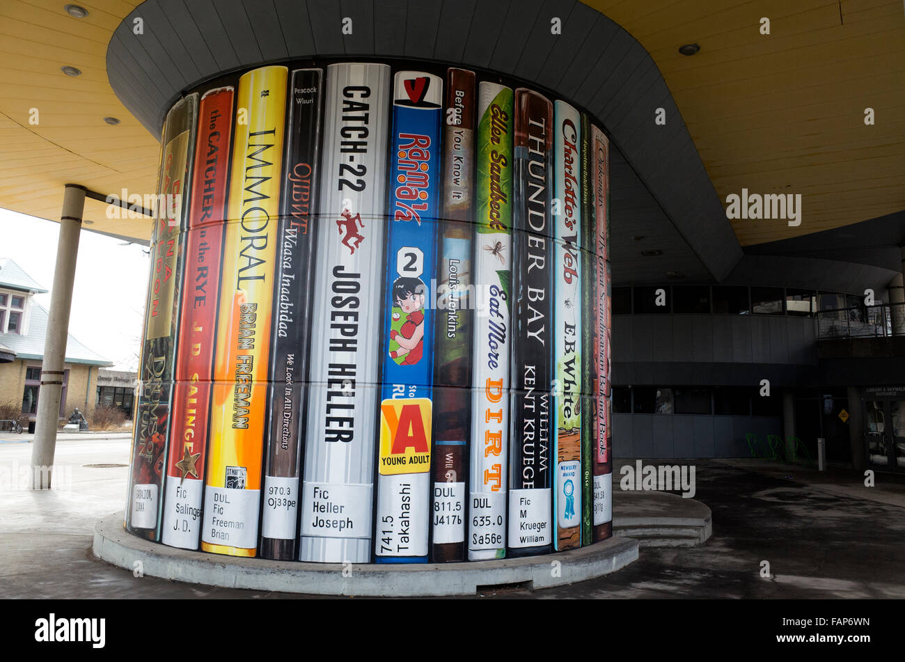 Modern advertisement for the Duluth Public Library displaying lifesize covers of popular books. Duluth Minnesota - Stock Image
