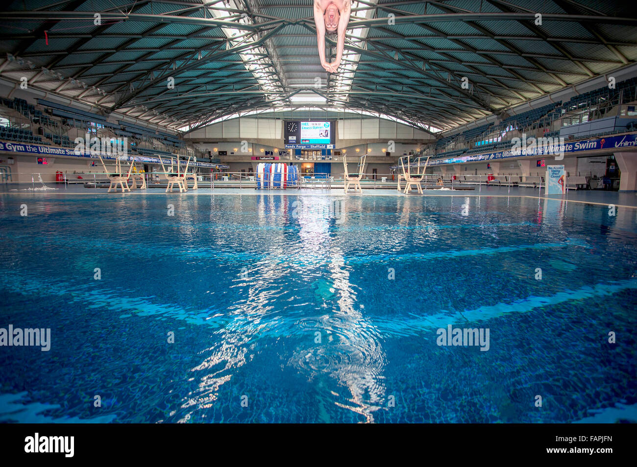 Diving at Ponds Forge in Sheffield, England, UK. - Stock Image
