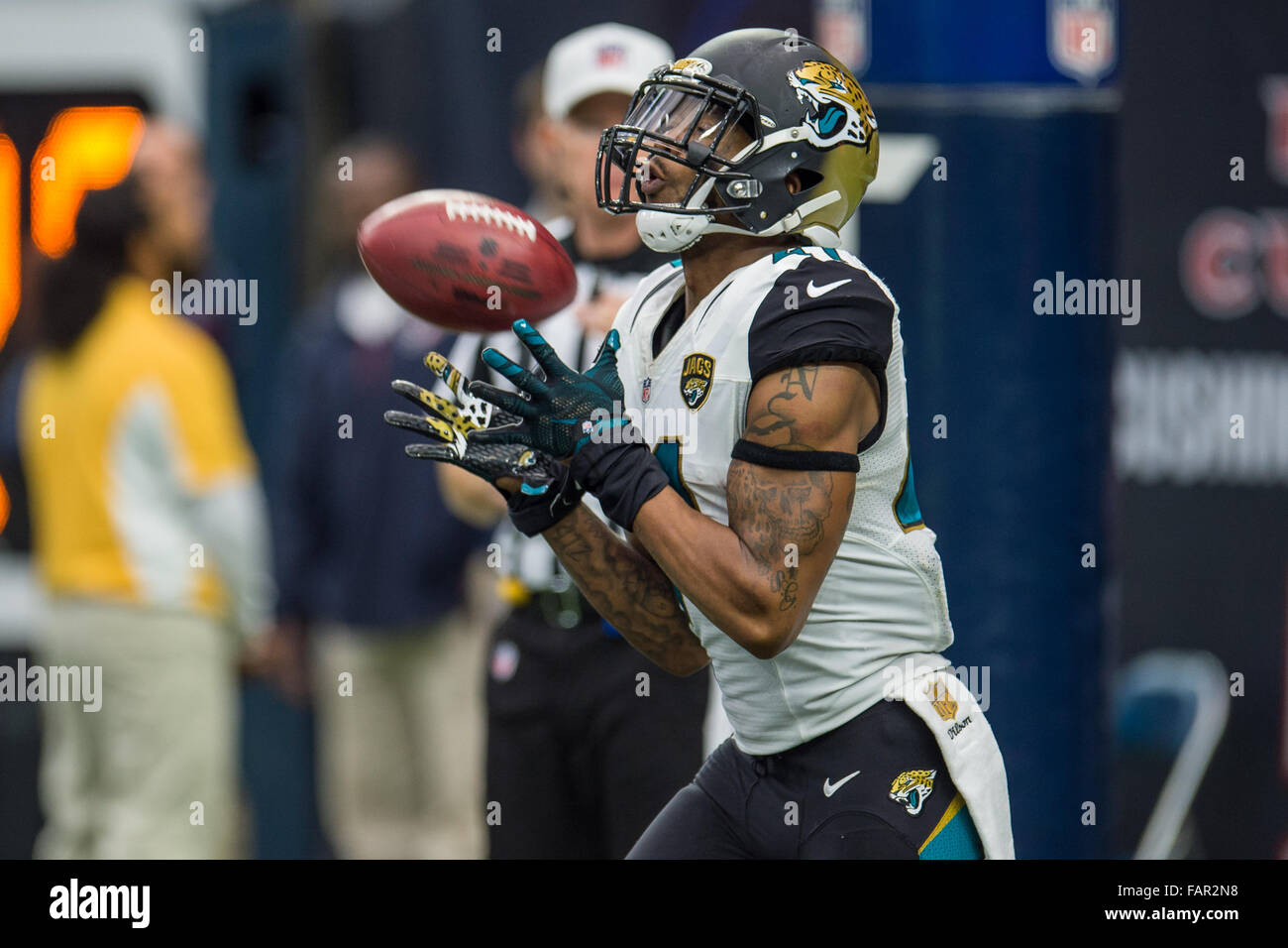 Houston, Texas, USA. 3rd Jan, 2016. Jacksonville Jaguars Cornerback Nick  Marshall (41) Receives A Kickoff During The 4th Quarter Of An NFL Game  Between The ...