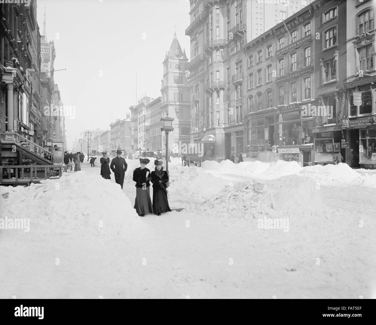 Fifth Avenue after Snow Storm, New York City, USA, circa 1905 Stock Photo