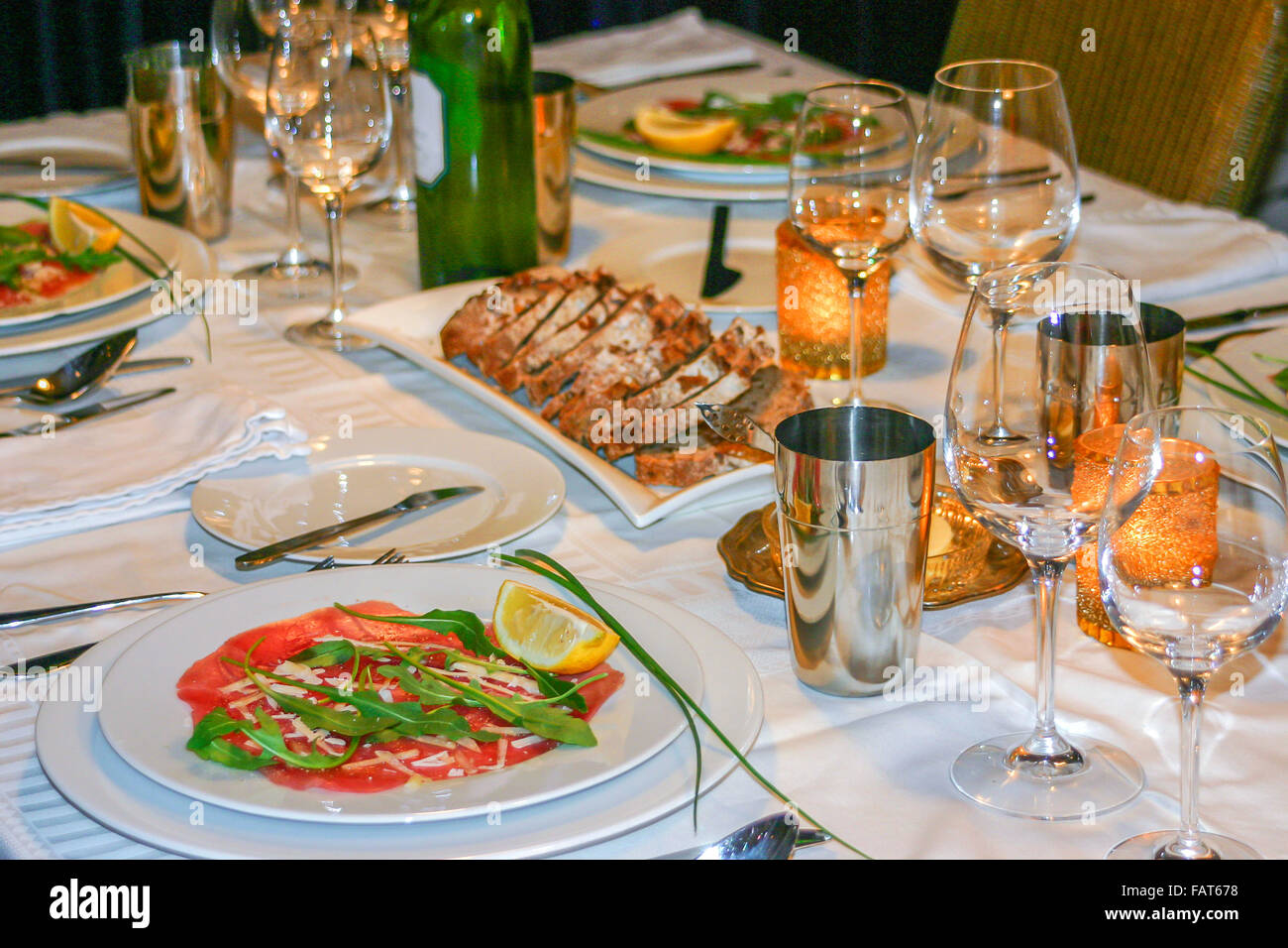 Luxury Dinner Table Place Setting