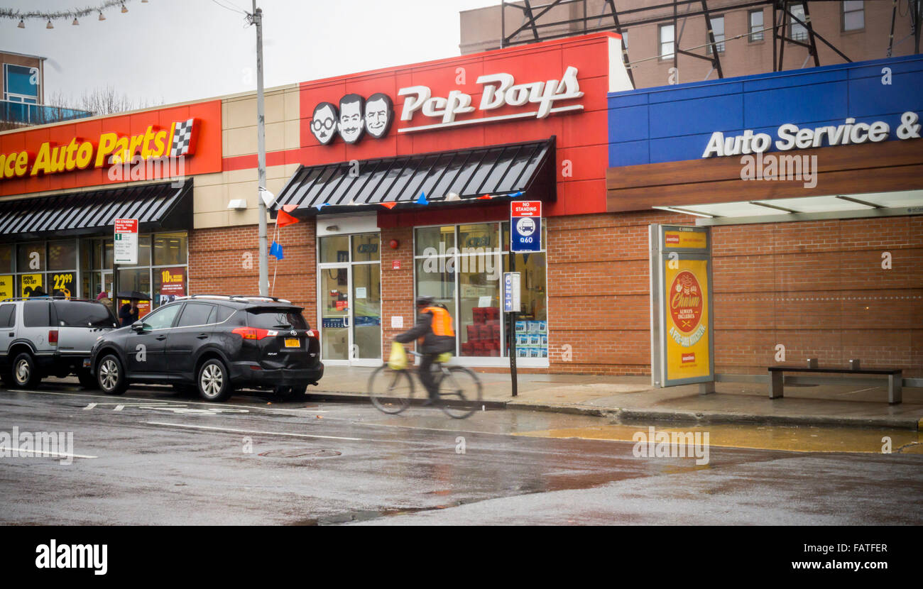 Pep Boys Store Hours >> A Pep Boys Auto Parts Store In The Sunnyside Neighborhood Of