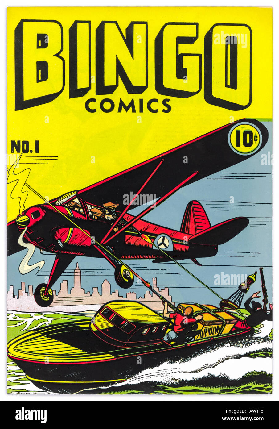 'Bingo Comics' Issue 1 published in 1945 featuring Opium runners in a fast boat under fire from law enforcement. - Stock Image