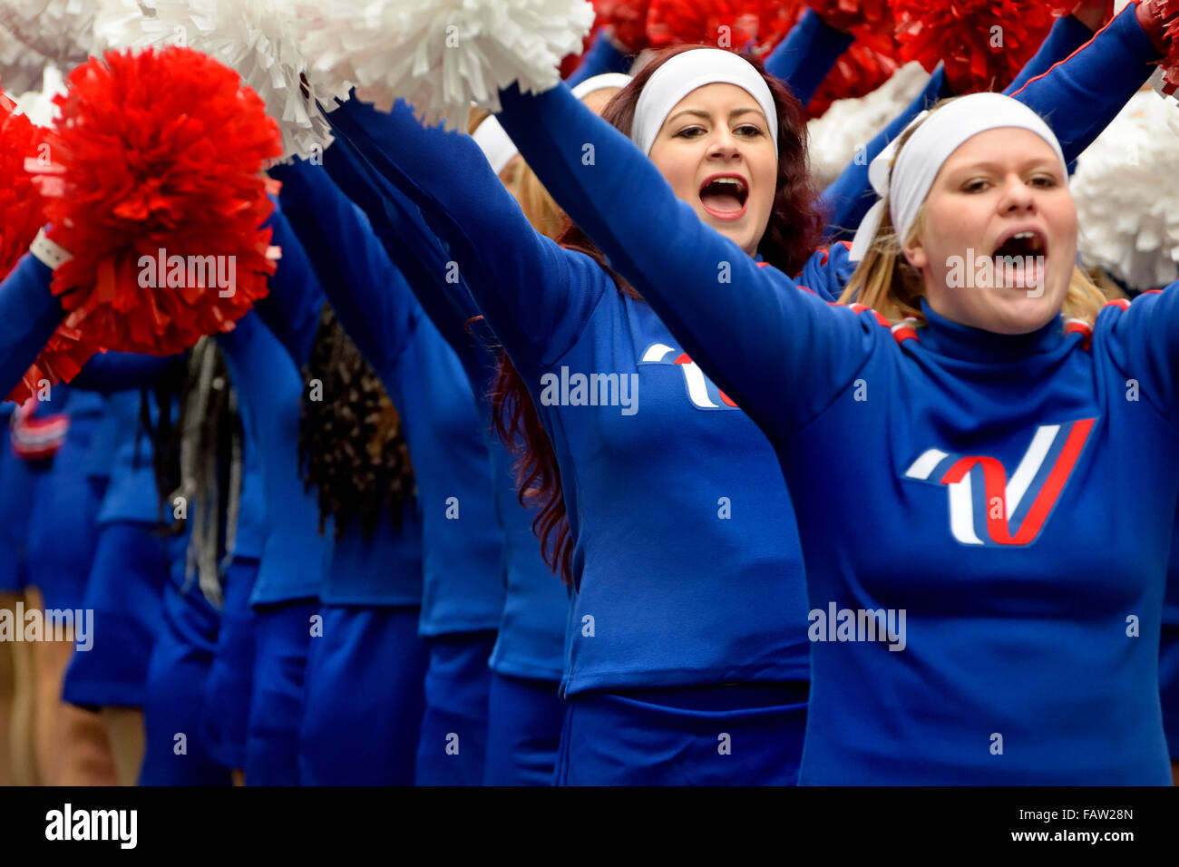 London, UK. New Year's Day parade Jan1 2016. Varsity All American Cheerleaders - Stock Image