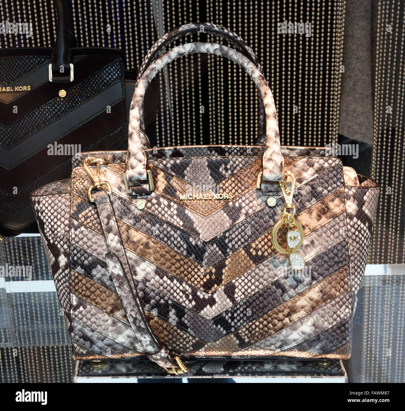 Bag Bags Michael Kors shop display window Madrid Barcelona Spain Spanish -  Stock Image 231f8b1a4e