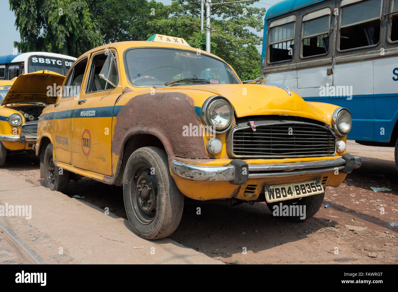 A Hindustan Ambassador taxi, Kolkata (Calcutta), West Bengal, India. - Stock Image