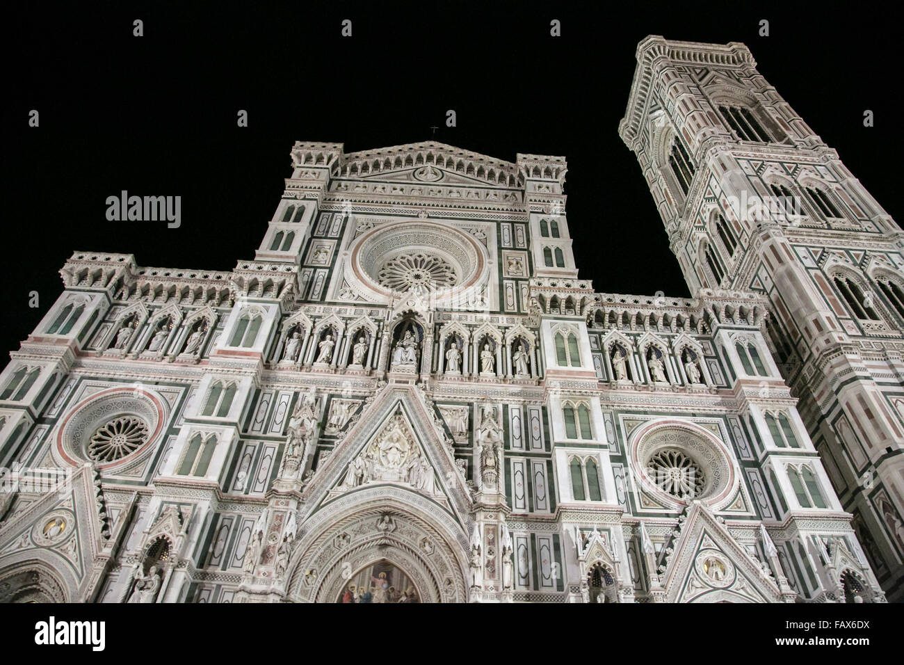 The imposing Florence cathedral at night. - Stock Image