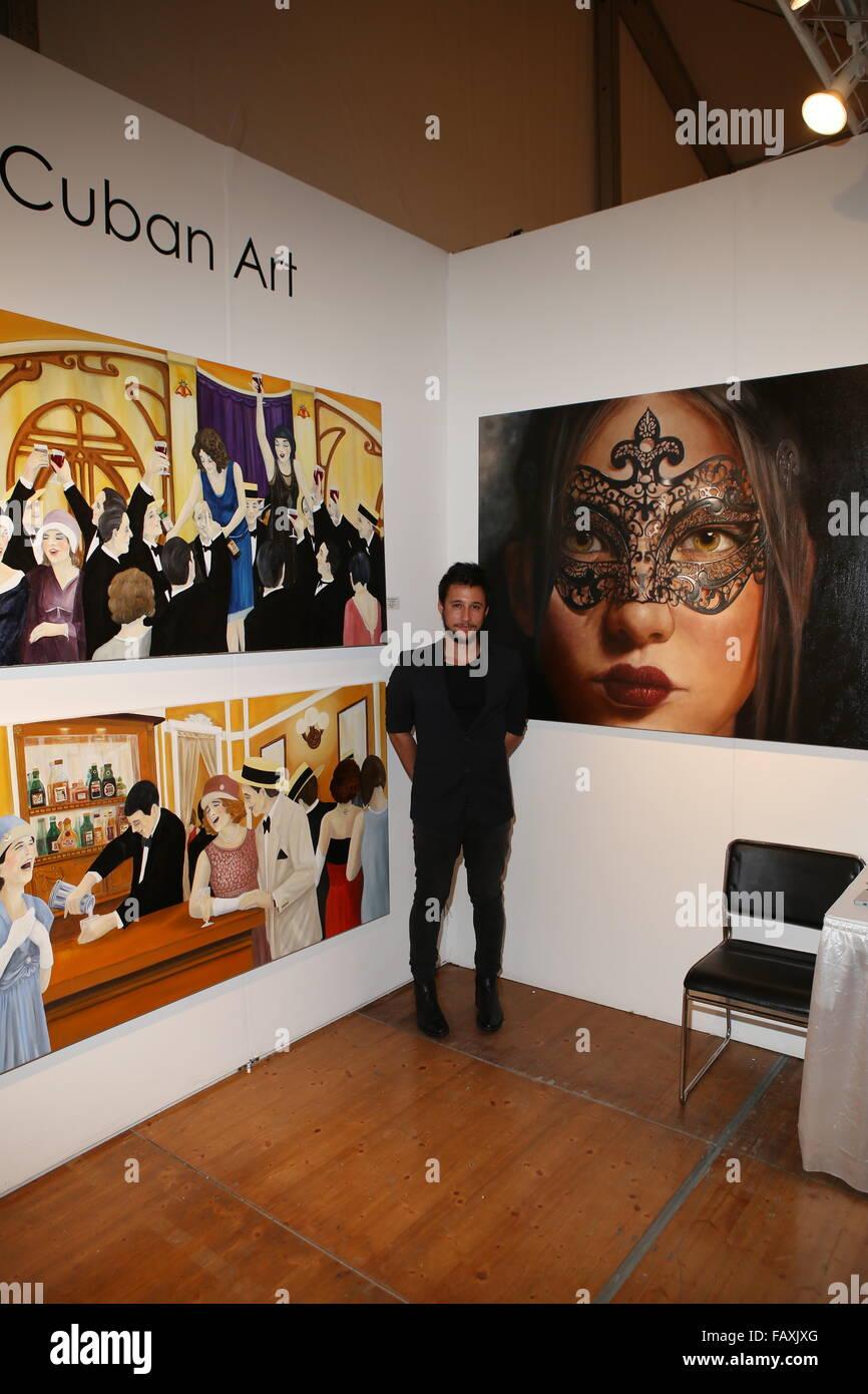 ART LOVES FASHION Burberry + Art Hearts Fashion Miami Art Basel Week