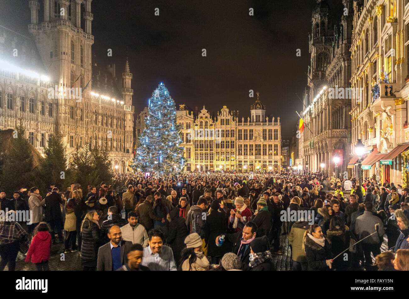 Brussels Grand Place New Year's Eve 2015-2016. At midnight. - Stock Image