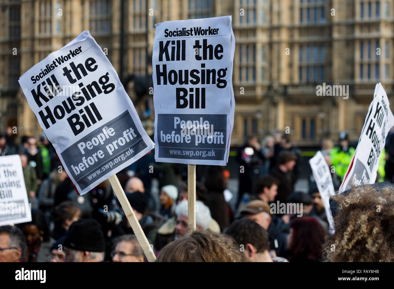 London, UK. 5th January, 2016. Demonstrators from Defend Council Housing (DCH), housing groups, trades unions and - Stock Image