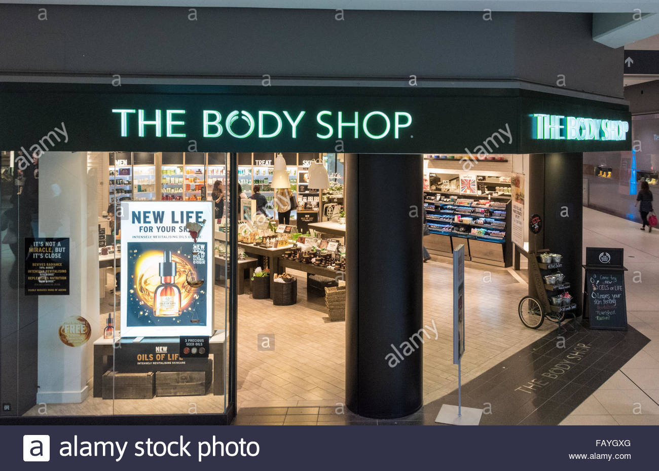The Body Shop - Toronto Eaton Centre at Yonge Street Box in Ontario M5B 2H1: store location & hours, services, holiday hours, map, driving directions and more.