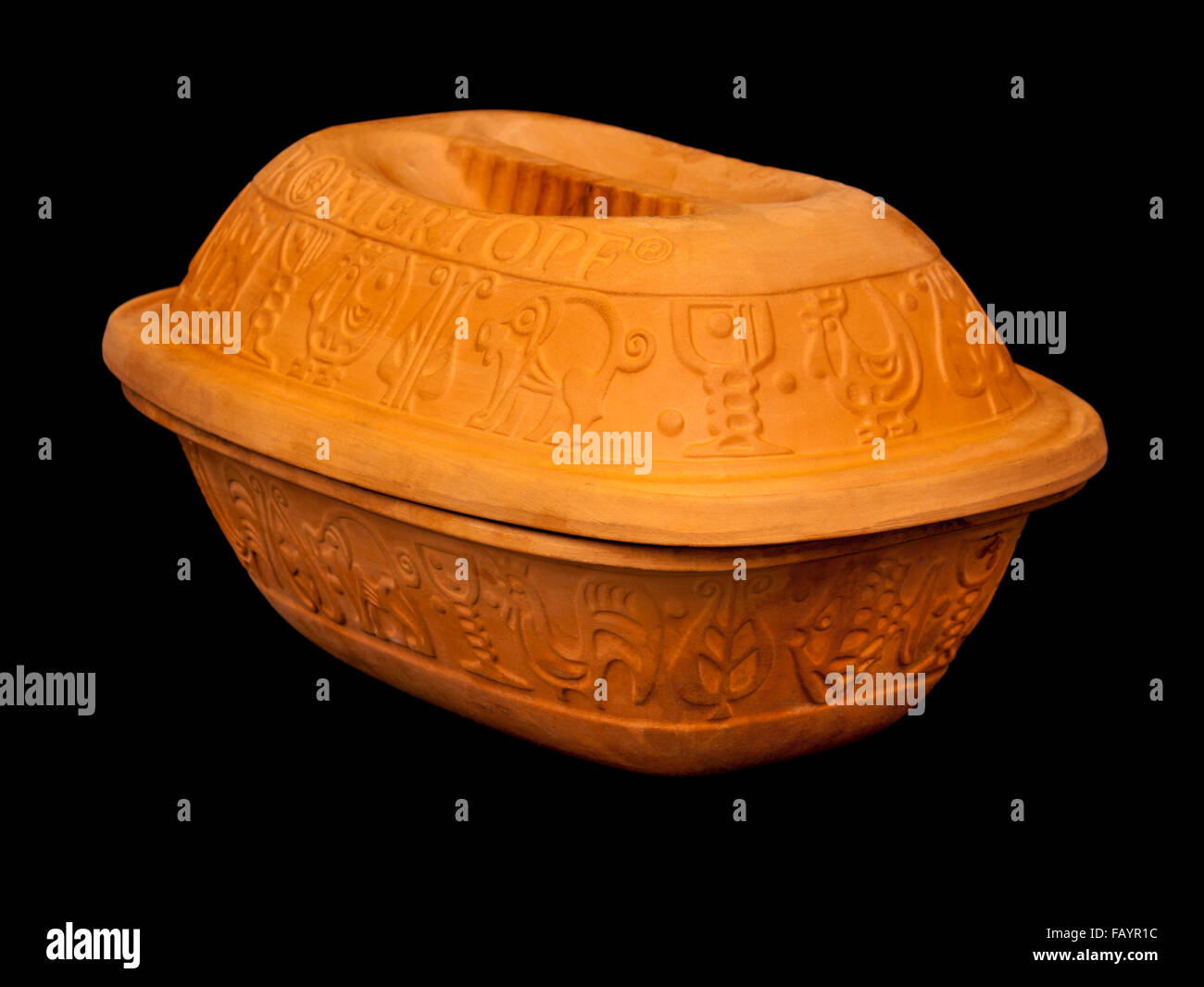 German 'Romertopf' clay cooking pot / casserole dish by Bay Keramik - Stock Image