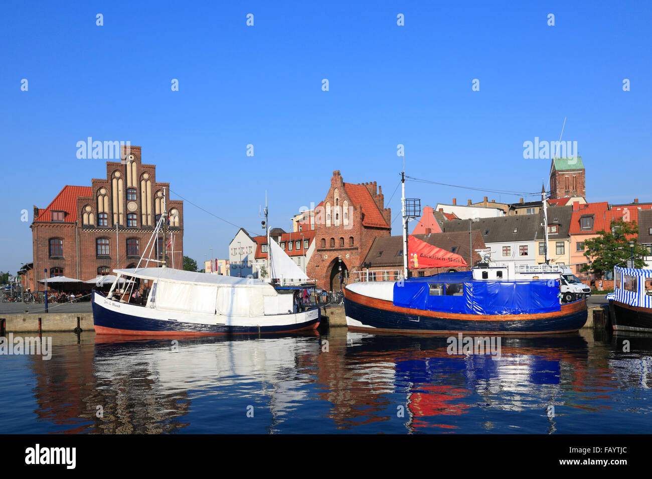 Fish trawler in the old harbour, Wismar, Baltic Sea, Mecklenburg Western Pomerania, Germany, Europe - Stock Image