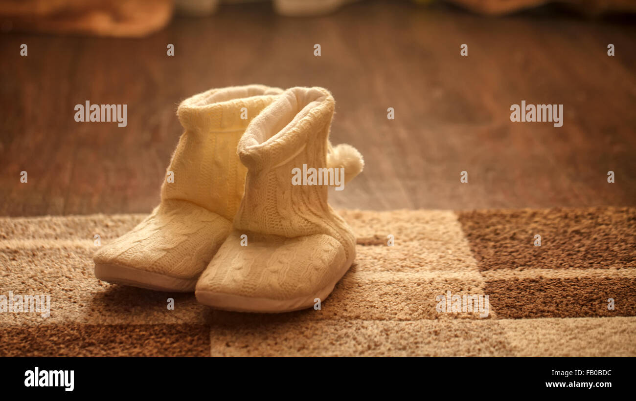 4e4d712ab14 Ugg Slippers Stock Photos & Ugg Slippers Stock Images - Alamy
