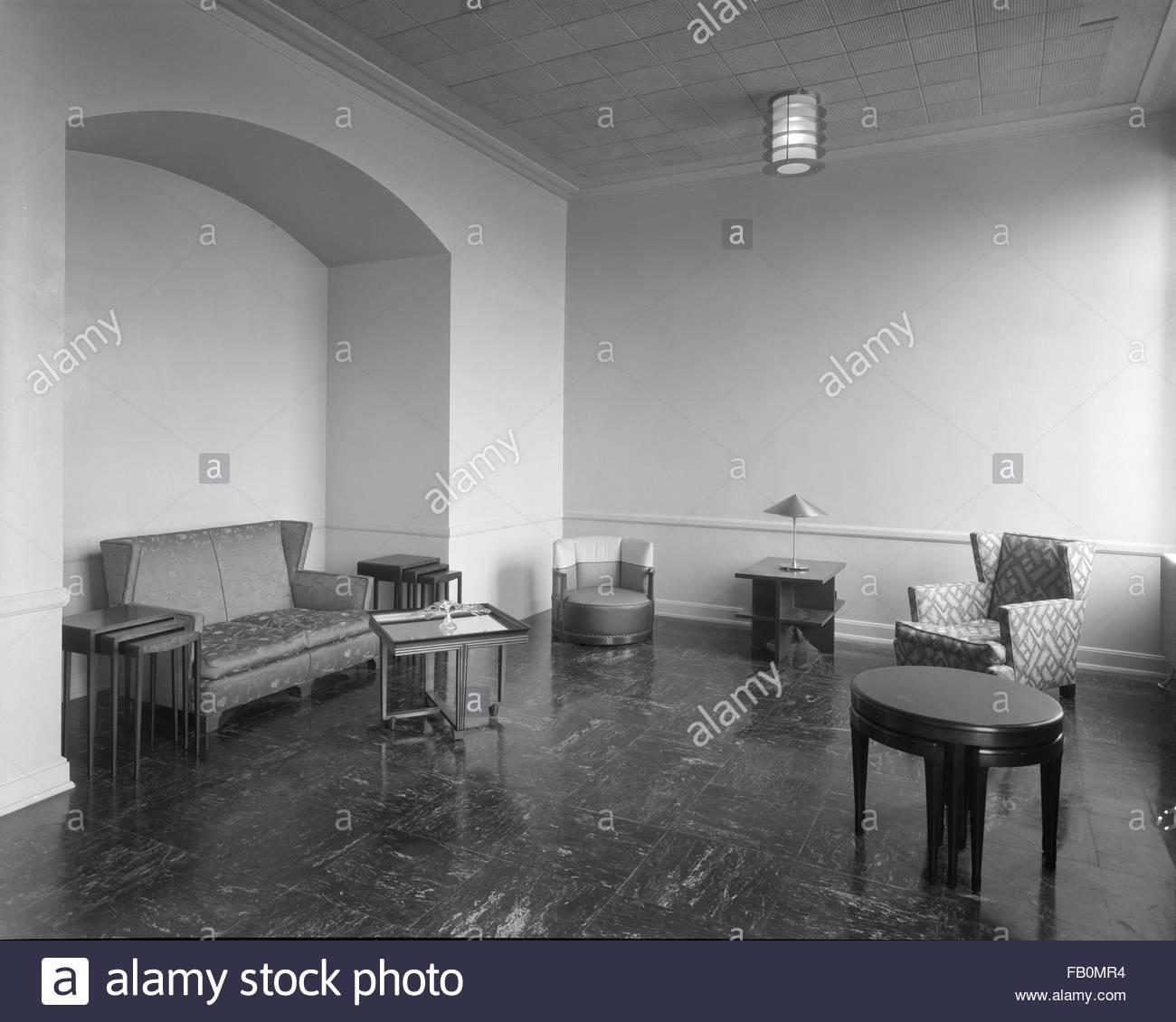 Interior, lounge. Jewel Tea Company in Barrington (Ill.), 1930 Apr. 12. - Stock Image