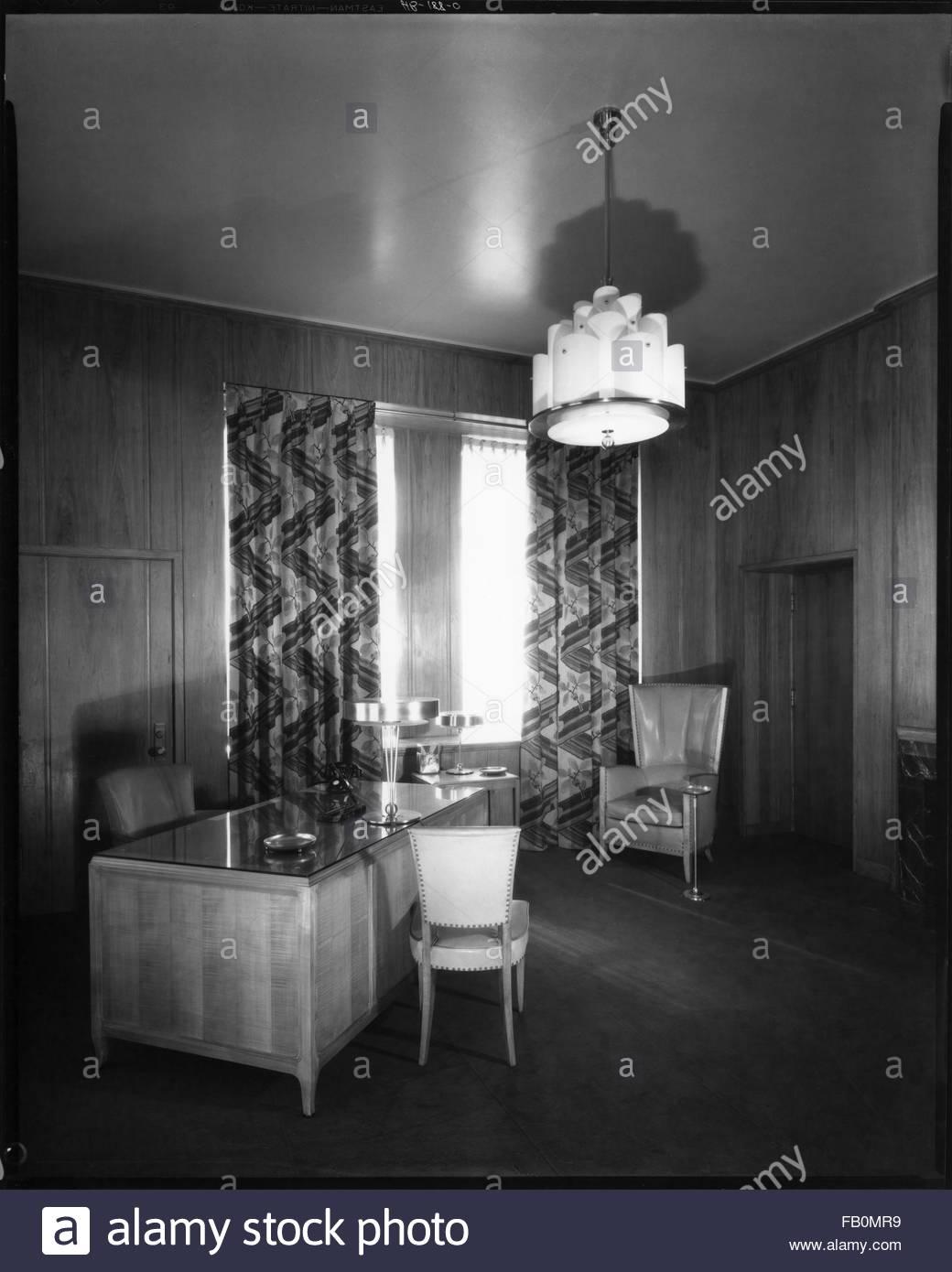 Interior, office. Jewel Tea Company in Barrington (Ill.), 1930 Apr. 12. - Stock Image