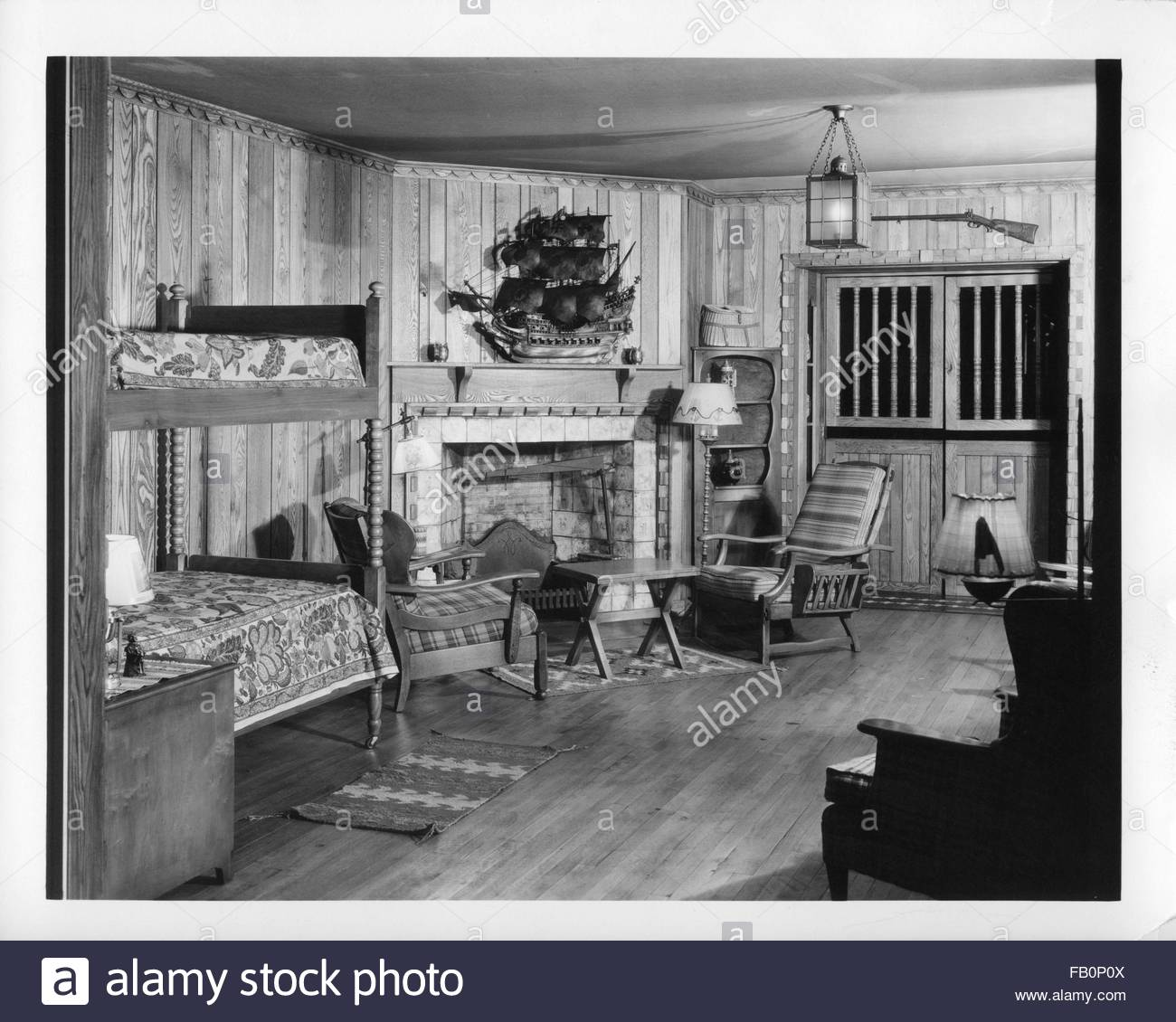 Bedroom setting at Marshall Field and Co, ca. 1933. - Stock Image