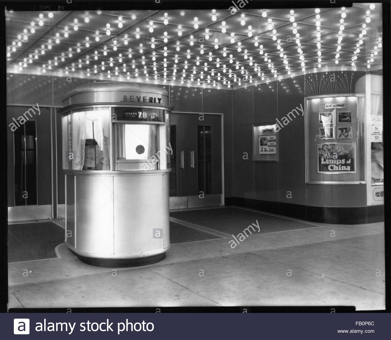 Beverly Theater and other Chicago views, 1935 Aug. 15. Ticket booth. - Stock Image