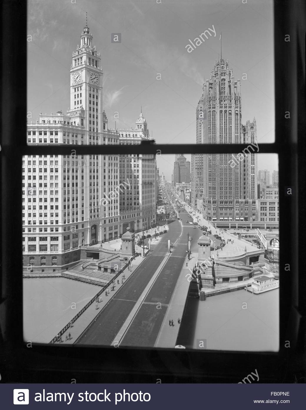Offices at 333 N. Michigan Ave. building, 1937 May 10.  View of North Michigan Avenue from the window, includes - Stock Image