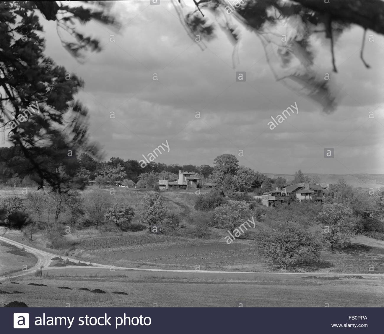 Taliesin East in Spring Green (Wis.), 1937 Dec. Site property and a portion of the site from an adjacent hill. - Stock Image